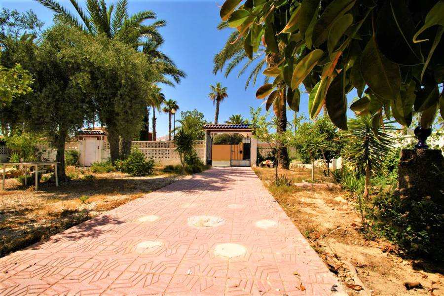 Resale - Chalet - Torrevieja - Los Angeles