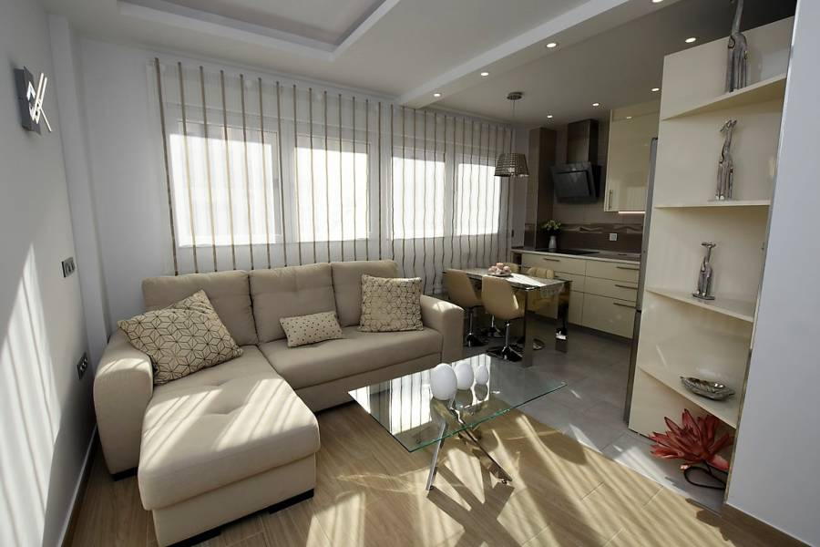Reventa - Apartment / Flat - Torrevieja - Center Torrevieja