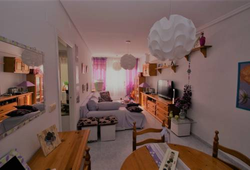 Apartment / Flat - Resale - Torrevieja - Center Torrevieja