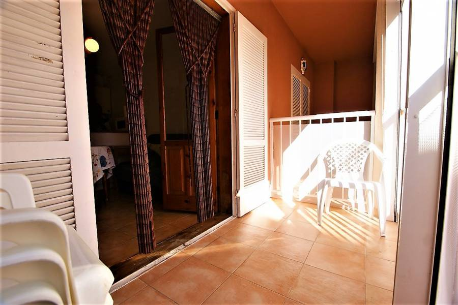 Resale - Apartment / Flat - Torrevieja - La Mata