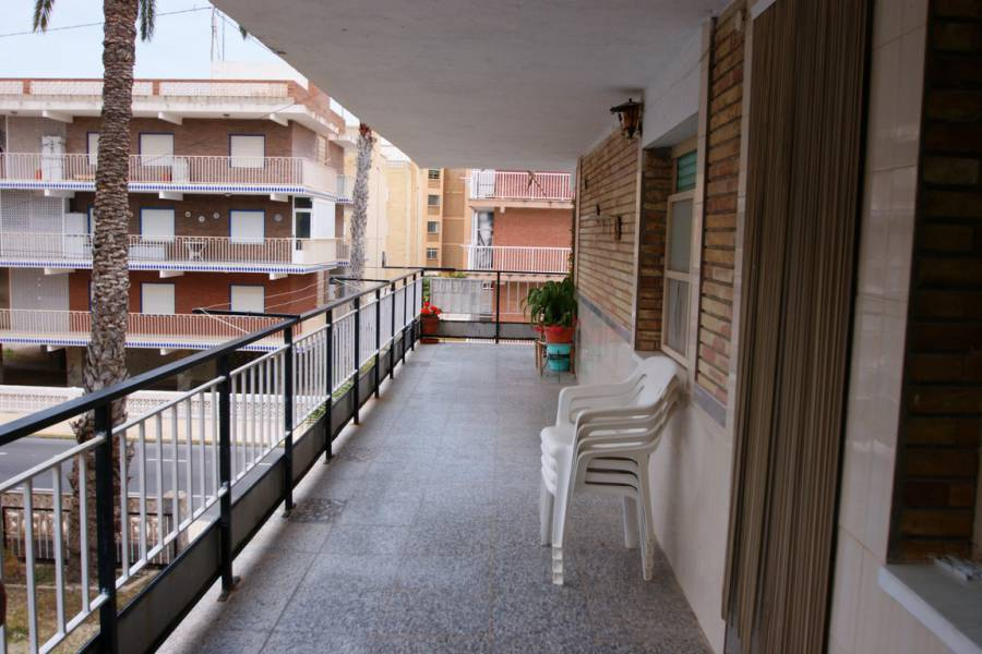 Resale - Apartment / Flat - Santa Pola - Gran Playa