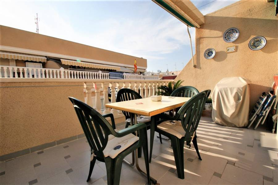 Resale - Apartment / Flat - La Mata - La Mata Center