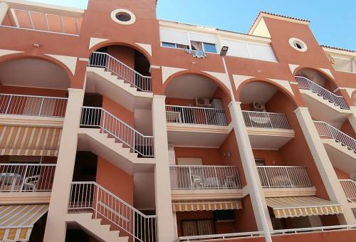 Apartment / Flat - Revente - La Mata - La Mata Center