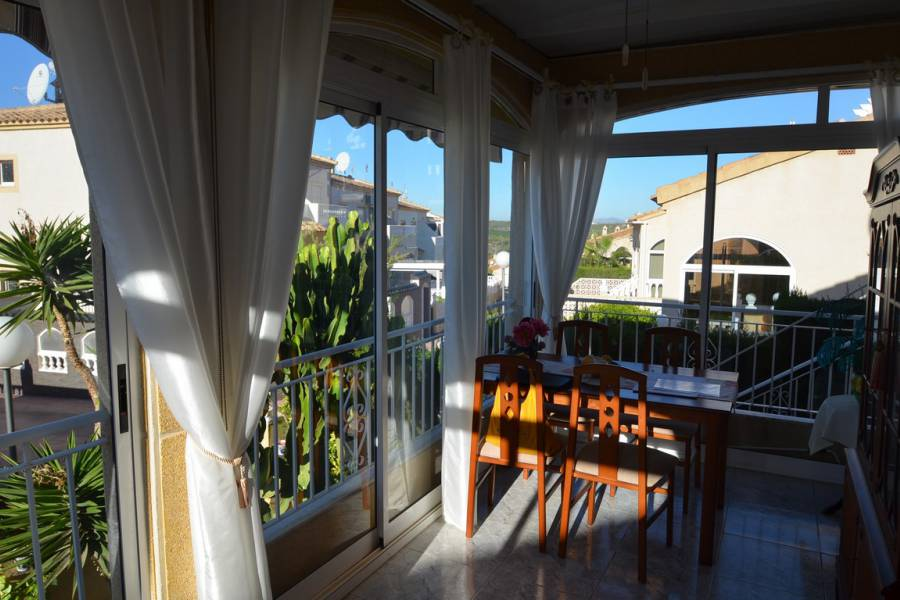Resale - Chalet - Orihuela Costa - Los Altos