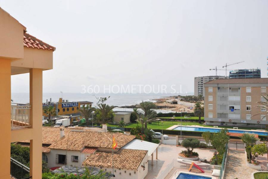 Resale - Apartment/Flat - Orihuela Costa - Punta Prima
