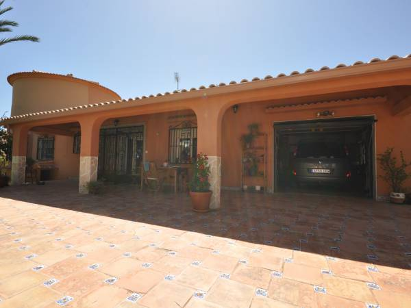 Detached house - Resale - Torrevieja - San Luis
