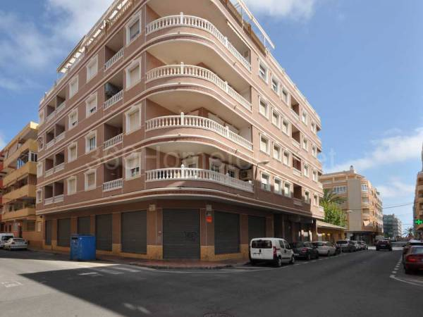 Apartment/Flat - Resale - Torrevieja - Playa de los Locos