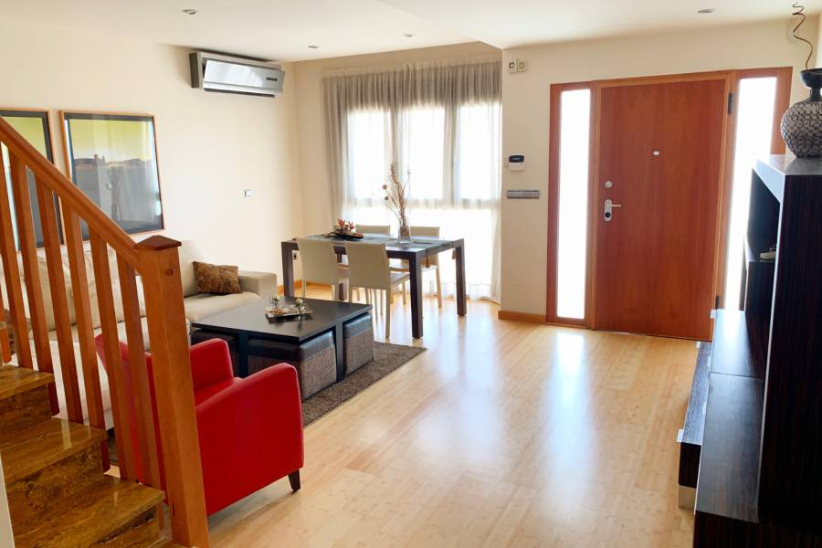 Nytt - Townhouseradhus - Pilar de la Horadada - City Center