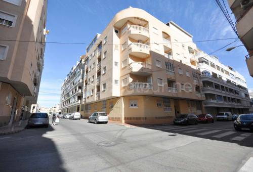 Apartment/Flat - Resale - Torrevieja - Playa del Cura