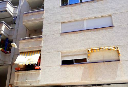 Apartment / Flat - Resale - Torrevieja - Playa los Locos